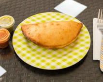Empanada de queso y pollo