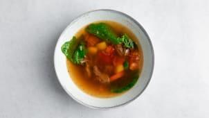 Суп с ягненком и шпинатом