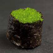 Gunkan tobiko wasabi (2 piezas)
