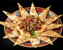 Hummus cu vită