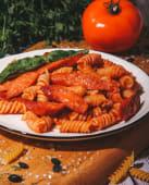 Макароны с сосисками (200г)