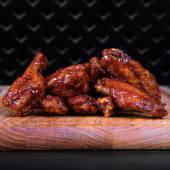 Курячі крильця з соусом BBQ (270/30г)