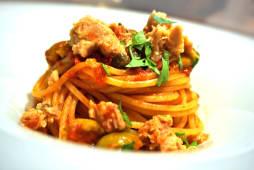 Spaghete Tonno e Olive