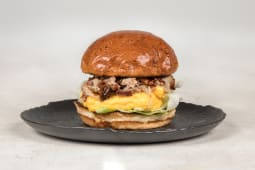 Egg & pulled pork burger