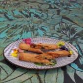 Rollitos de langostino con mango y albahaca (2 uds.)