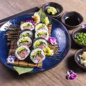 Sushi negitoro maki