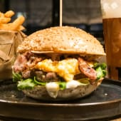 Carbonaro burger