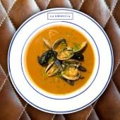 Sopa de pescados de Iparralde (se envía en frio) con moluscos