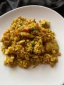 Pirjana riža s piletinom i curryem