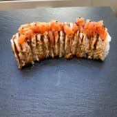 Salmón spicy Roll (8 Pzs.)