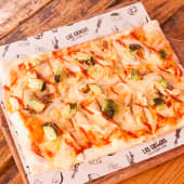 Pizza Chicken siracha
