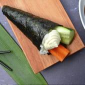 Temaki pepino, zanahoria y Philadelphia (1 ud.)