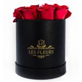 Box negro floral deluxe con 7 a 9 rosas rojas frescas premium