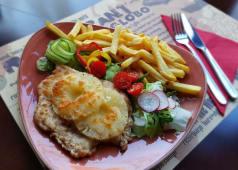 Grillowana pierś z kurczaka z ananasem i serem
