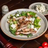 Toplo hladna salata s piletinom