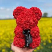 Ursulet rosu mic, realizat din trandafiri de spuma