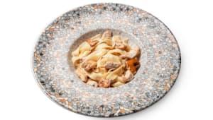 Тальятеле з куркою та грибами (200г)