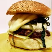 Dopcheese burger