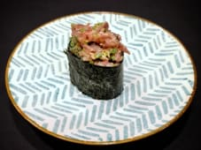 Hand-Picked Gunkan - Spicy Tuna