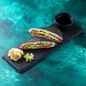 Сендвіч рисовий з лососем (195\30г)