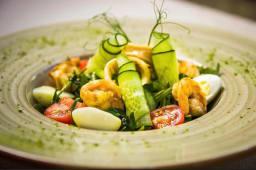 Салат з креветками, руколою та авокадо (200)