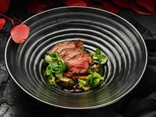 Теплий салат з телятиною (50/135г)