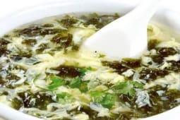 Суп яичный со шпинатом