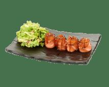 Терияки лосось с листьями зеленного салата и авокадо (135 г)