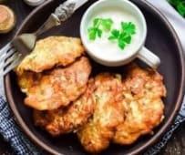 Курячі оладки з зеленню та овочами (450/80г)