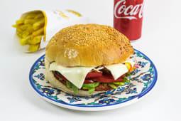 Meniu Cheeseburger Pui - Bautura + Cartofi