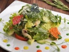 Зелений салат з сиром пармезан (150г)