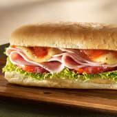 Sándwich de jamón y queso en pan lápiz
