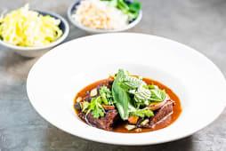 Curry rojo de carrillera ibérica
