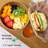 Ensalada y mitad sándwich