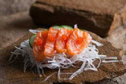 Сашимі з лососем (85г)