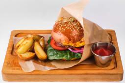 Бургер BBQ з картоплею (450г)