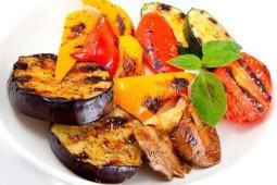 Овочі на мангалі сате (300г)
