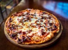 Піца Баварська (500г)