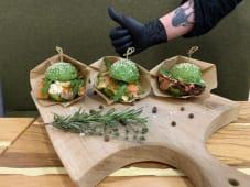 Авокадо-бургер з лососем (200г)