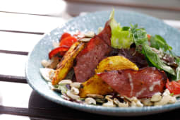 Salata cu pui oriental