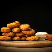 Nuggets + 2 salsas caseras