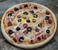 Pizza Taraneasca + Cola/ Apa