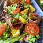 Салат з в'яленою телятиною