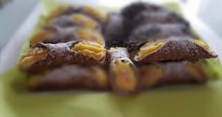 Cannolo siciliana crema pasticcera