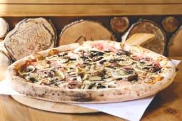 Pizza Capriciosa pork