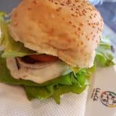 Cheese Salada Burger