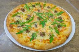 Pizza cu ansoa si rucola Ø 32cm
