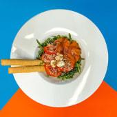 Салат із червоною рибою (220г)