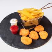 Chili cheese nuggets combo