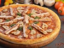 Піца Куряча з грибами